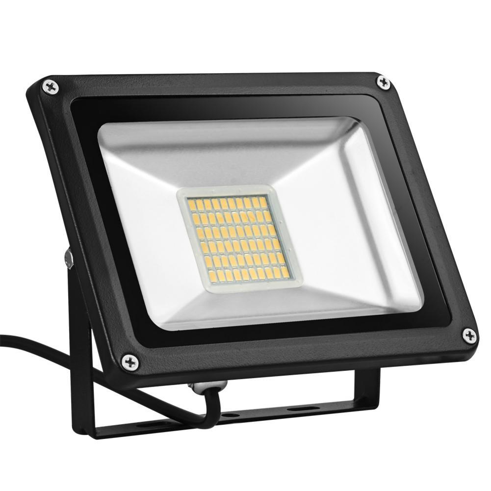 4ta generación 110V 30W parche Luz de inundación blanco cálido plateado-gris cubierta trasera máscara negra radiador LED Luz de inundación impermeable IP65