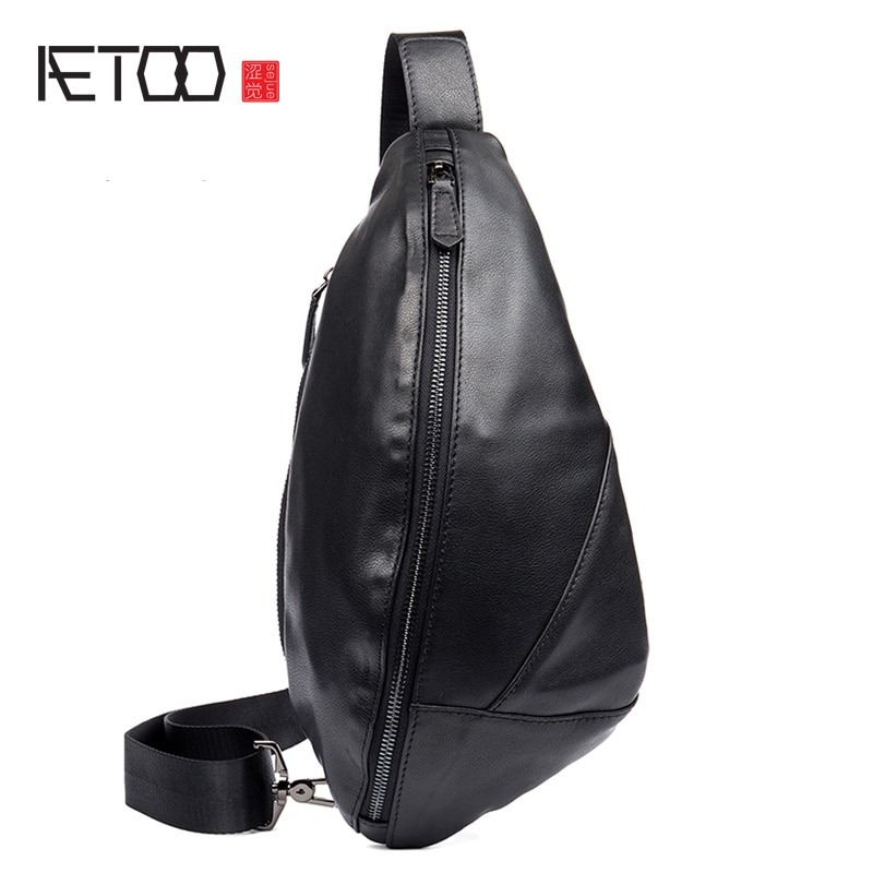 AETOO Tide head layer leather chest bag outdoor messenger bag male chest bag leather chest bag female pouch aetoo handmade leather wallet head layer cowhide money clip simple design male and female general