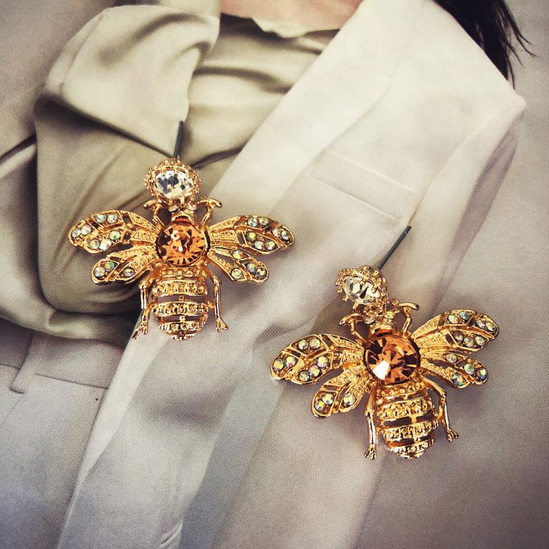 Fashion Brand Design Bee Earrings animal stud earring pearl Party wedding Woman jewelry Gold trend earrings Alloy unique like