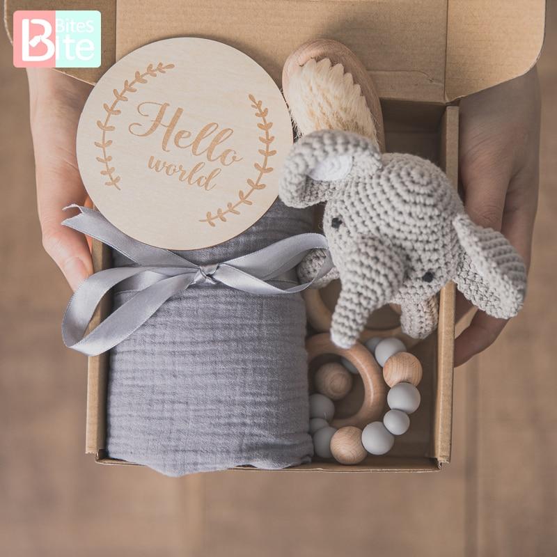 Baby Towel Newborn Bath Toy Set Double Sided Cotton Blanket Wooden Rattle Bracelet Crochet Toys Baby
