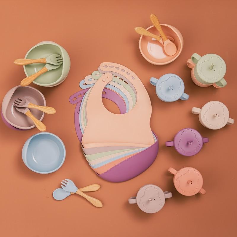 5Pcs Set Baby Silicone Feeding Bowl Bibs Cup Sets BPA Free Waterproof Spoon Fork NonSlip Silicone Bowl Tableware Baby Supplies
