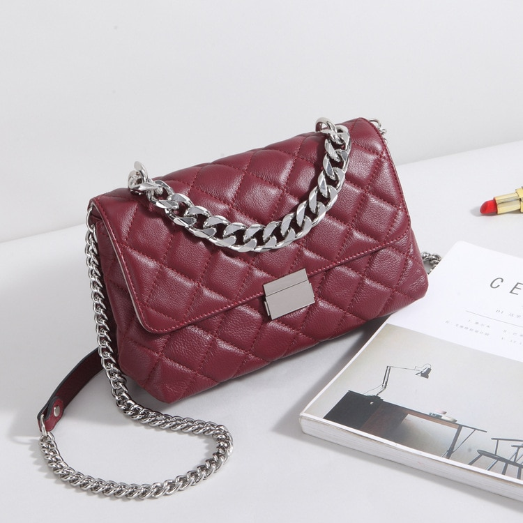 The new 2021 chain bag leather female BaoLing package