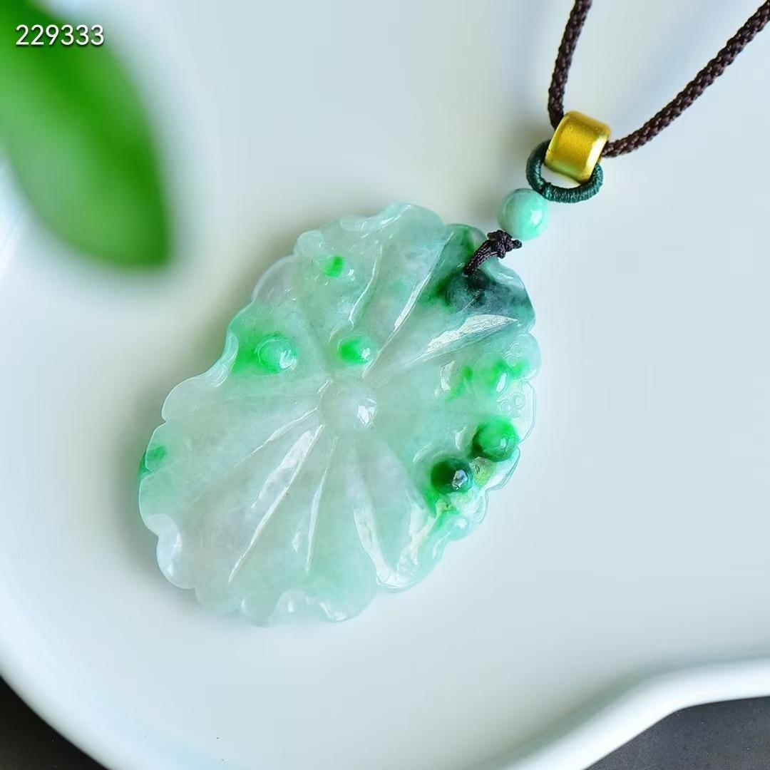 حقيقية الطبيعية الأخضر اليشم ولادة قلادة قلادة النساء الرجال نادر 49*30*5.3 مللي متر ورقة نحت حجر الحب هدية قلادة AAAAAA