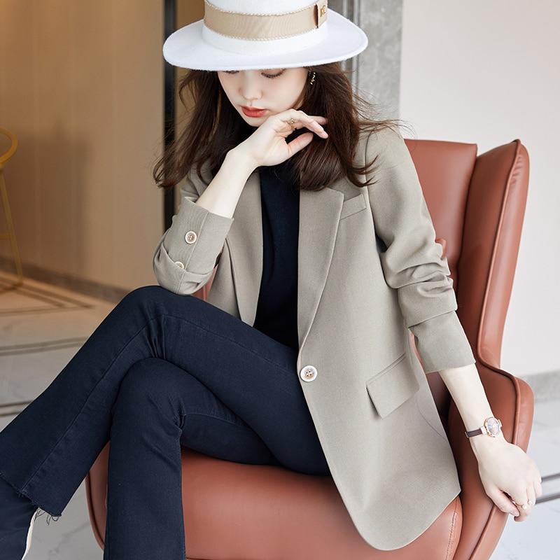 السترة الصغيرة معطف ربيع الخريف الكورية Tops بلايز عادية السيدات زر السترة الدعاوى امرأة ضئيلة محززة سترة صفراء معطف