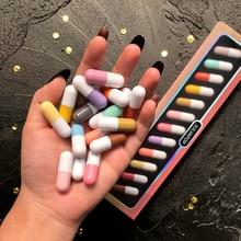 12 kolorów/zestaw łatwy do przenoszenia zestaw szminek matowy długi trwała szminka wodoodporna nieprzywierająca filiżanka makijaż ust narzędzie kosmetyczne TSLM1