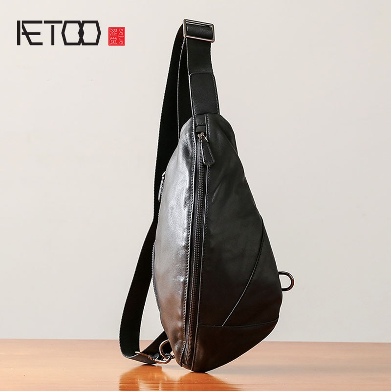aetoo the first layer of leather 2017 new korean version of the small handbag female hard section leather black wild fashion kel AETOO Chest bag men's leather casual men's shoulder Messenger bag Korean version of the tide fashion pockets leather small backp