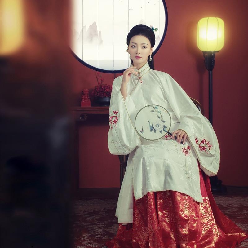 WYJN الأحمر الأزرق مينغ سلالة واسعة الأكمام زي الإناث الحصان الوجه فستان دقيق التطريز Hanfu الأميرة الدراما التصوير