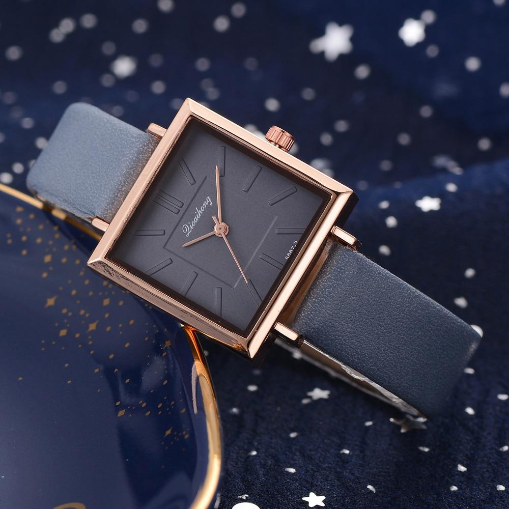 Reloj de pulsera sencillo e informal para mujer, reloj de pulsera con esfera cuadrada y correa de cuero, reloj de cuarzo para mujer, 2020