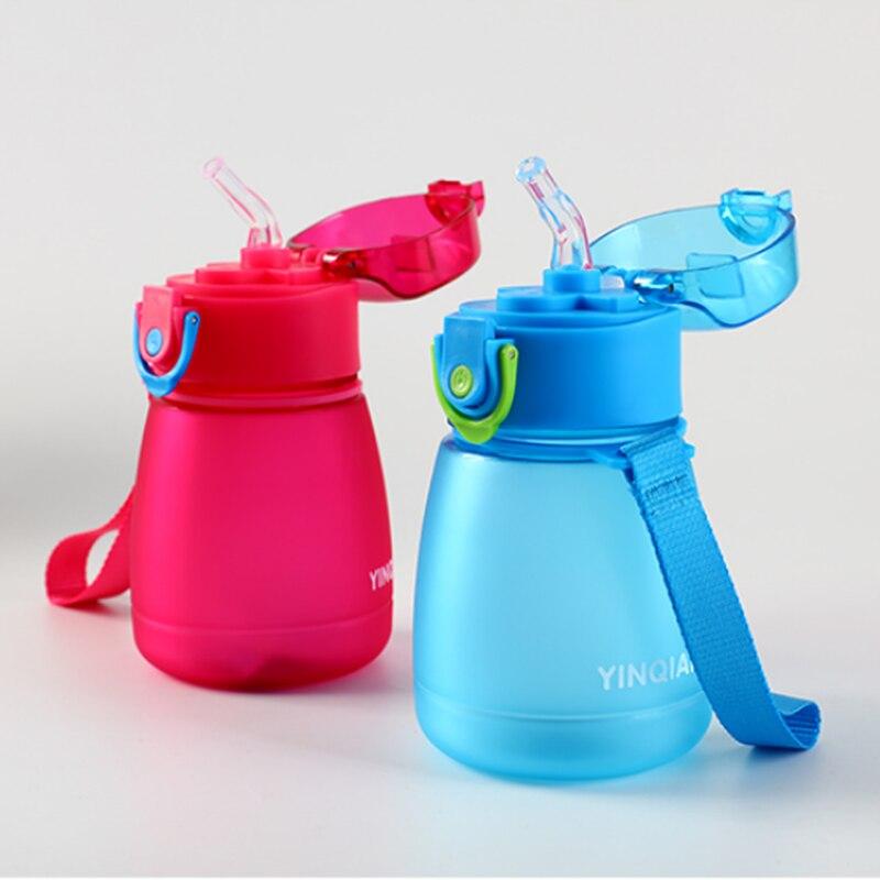 Botella de agua de pipeta para niños de 320ml con una cuerda para transportar y evitar fugas de botellas de agua de plástico
