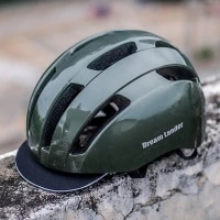 2021 new arrival bicycle helmet man and women city road cycling helmet with with rear light removable visor