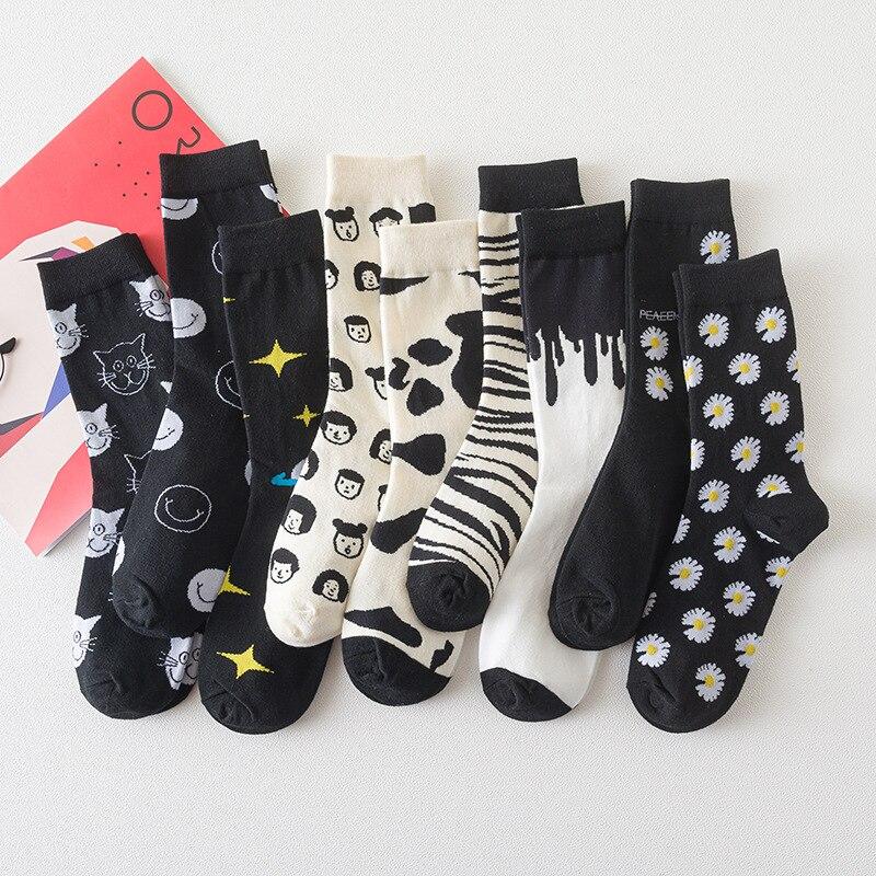 Japonesa de dibujos animados de calcetines de algodón Jacquard hombres y mujeres novedad creativa gato-vaca cebra retrato sonriente Daisy estrella de la Navidad, Ginebra, chocolate, vino, si puede leer esto traer vino de Neutral