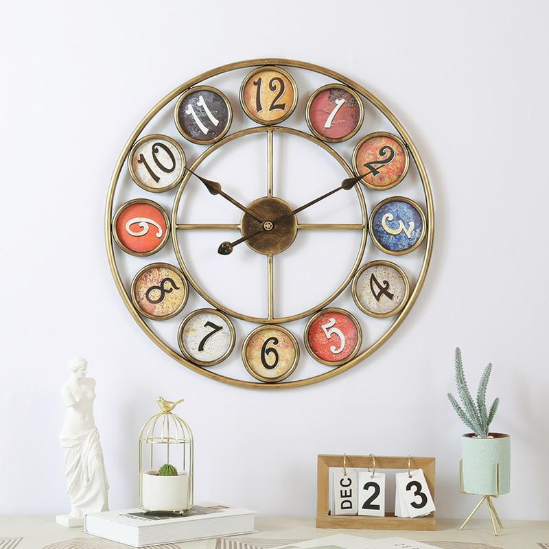 Relojes digitales Retro europeos, de hierro forjado alrededor de relojes creativos de pared, para decoración del hogar, sala de estar, Bar y salón