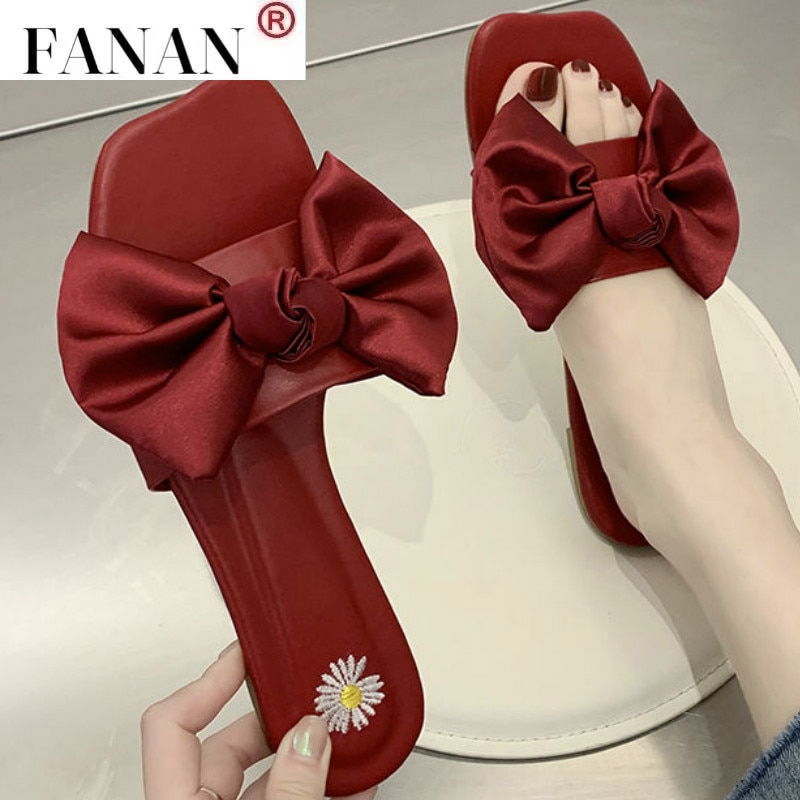 2021 Summer New Woman Slippers Bowknot Flat Bottom Fashion Woman Casual Outer Wear Slippers Soft Bottom Beach Woman Slippers