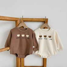 Yg Baby Khaki With Plush Winter Bear Pattern Baby Fart Climbing Clothes Thickened Warm Baby Boys And