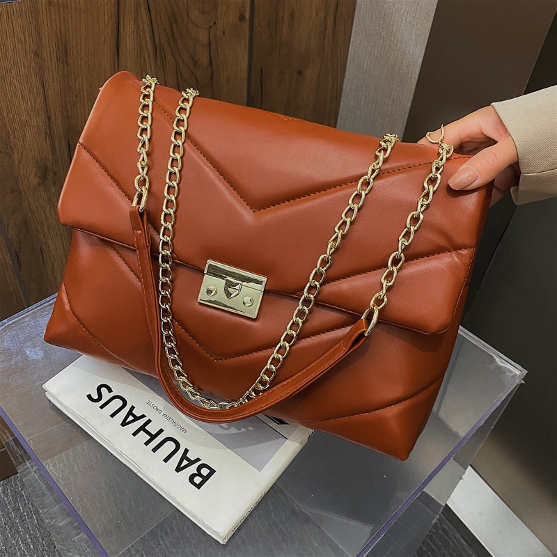 New Autumn Winter Fashion Chain Shoulder Bags for Women 2021 Solid Color Leather High Capacity Cross