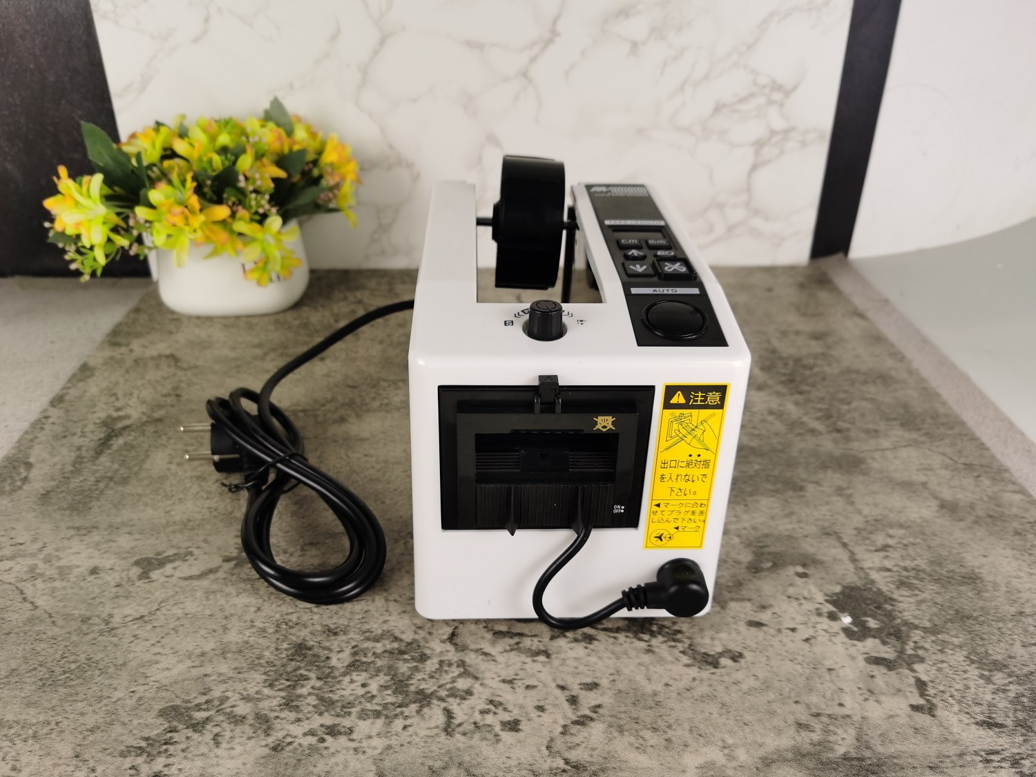 M-1000 EU In Stock Automatic Packaging Tape Dispenser 110V or 220V Office Automatic Tape Cutting Machine Equipment Tools enlarge