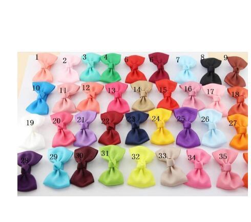 35 colores recién nacidos dulces 2,75 pulgadas Mini grogrén Lazo de cinta con Clips horquillas de pelo niños Bowknots
