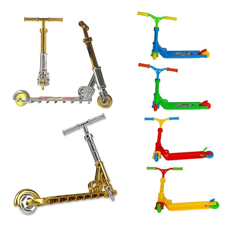Mini Scooter de dos ruedas, juguetes educativos para niños, monopatín de moto de dedo, rampas Multicolor para diapasón