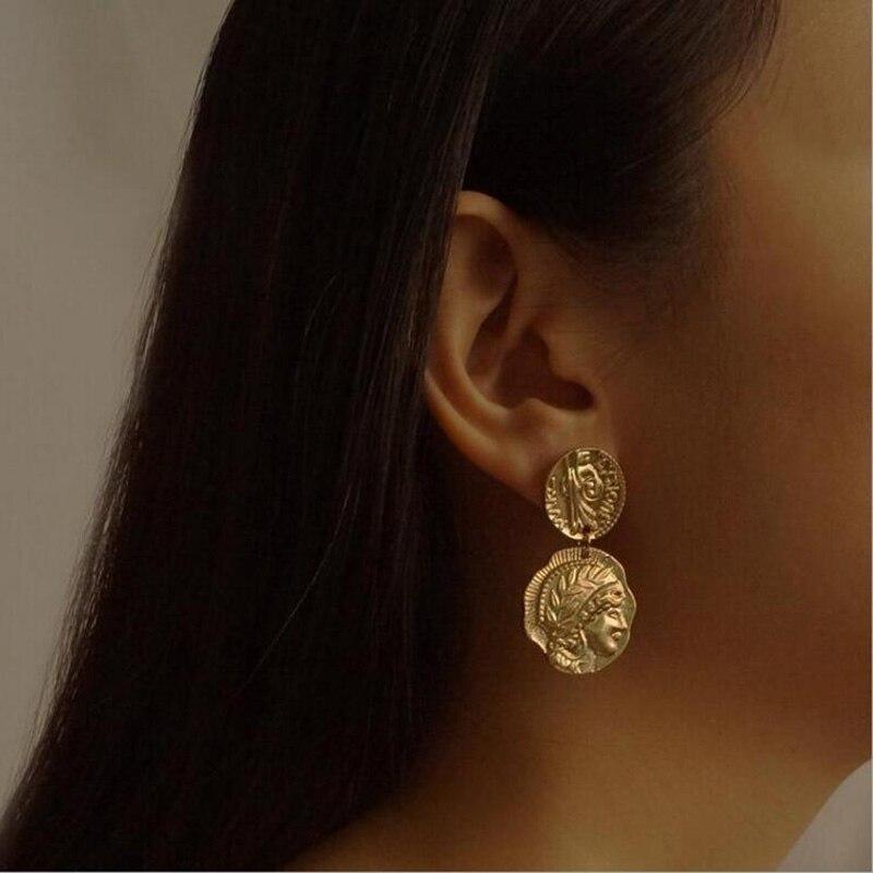 Encantos ouro cor prata cor brincos exagerados novo design cabeça geométrica estilo retro personalidade brincos para mulher