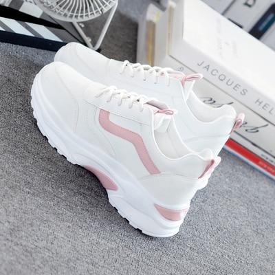 Женские кроссовки 2021, модная повседневная обувь, женские удобные дышащие белые кроссовки на плоской платформе, белые кроссовки на платформ...