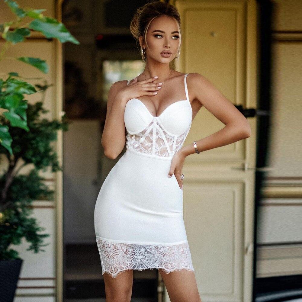 فستان بأشرطة دانتيل 2021 وصل حديثًا فستان ضيق باللون الأبيض فستان صيفي مثير للحفلات والسهرات والنوادي