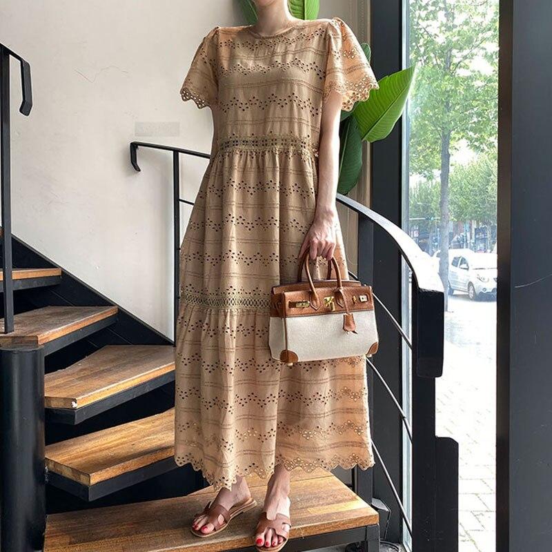 Vintage Women Dress Summer Round neck Loose Heavy Industry Hollow Flower Big Swing Short sleeve Dresses Long Korean Female BW330