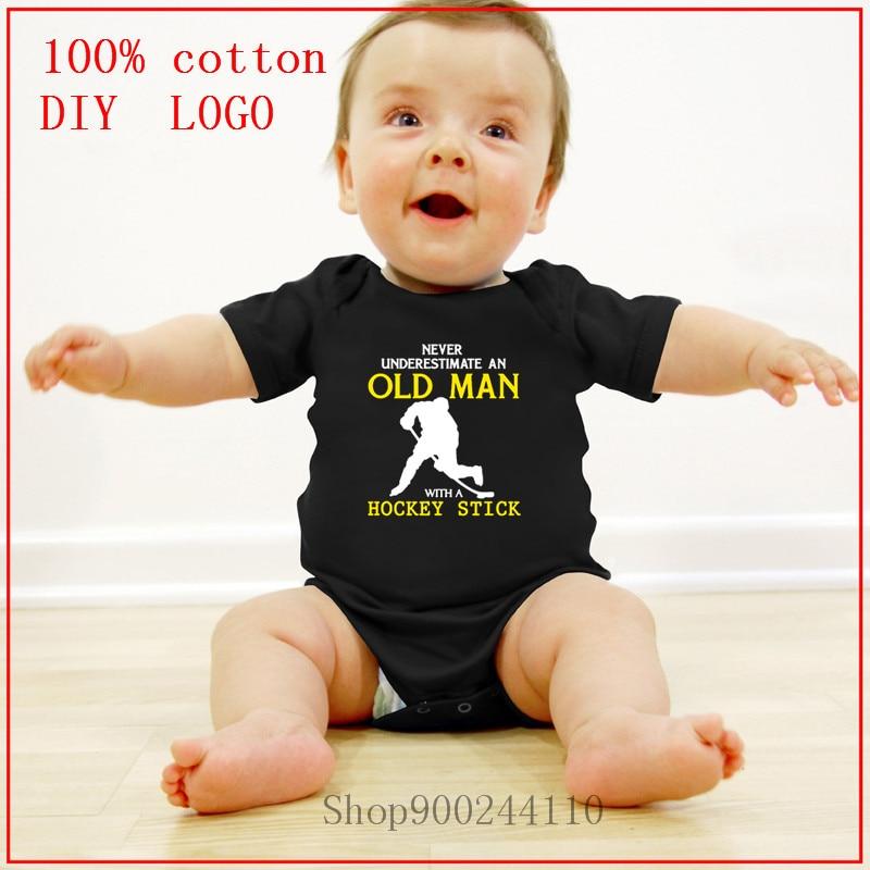 Ropa de bebé de 2020, nunca subestimes a un hombre mayor con un palo de Hockey, monos de ropa para niñas pequeñas, ropa de algodón de 100%