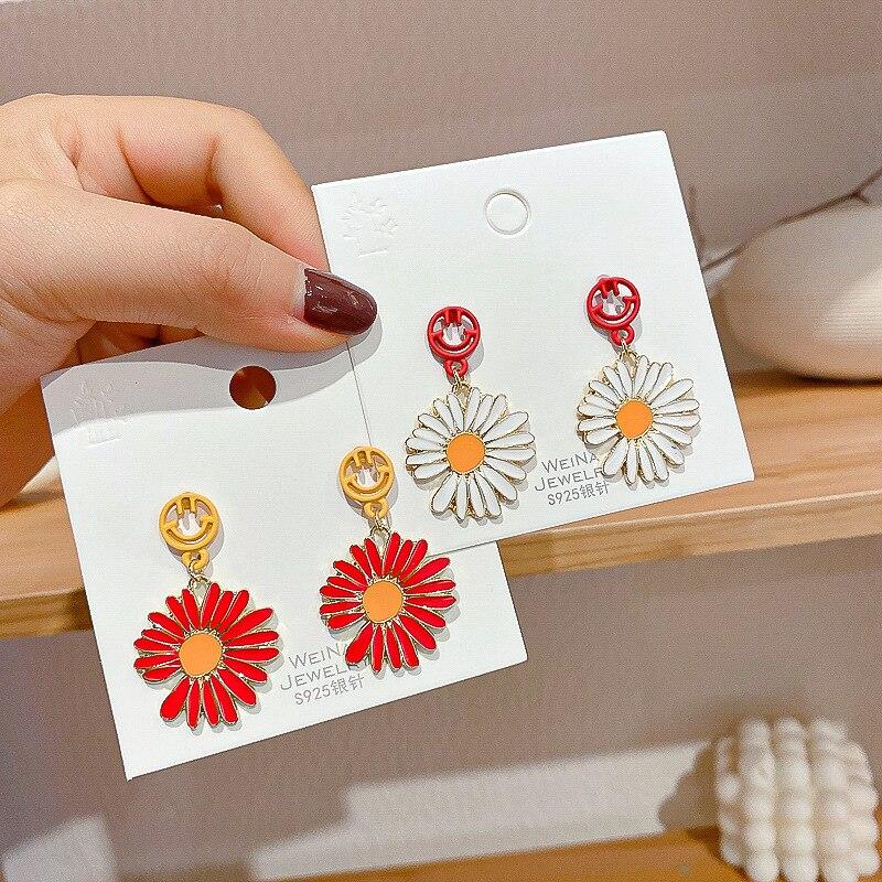 Korea Stil Neue Einfache Süße Nette Tropft Öl Blumen Smiley Lange Trend Tropfen Ohrringe für Frauen Mode Schmuck Zubehör