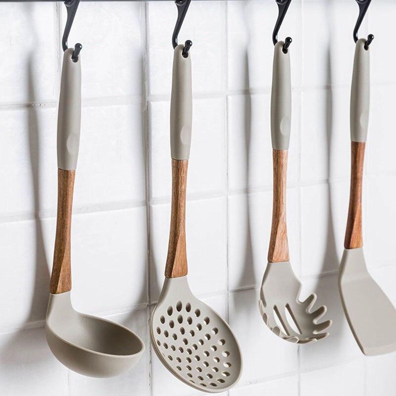 6 sztuk/zestaw nowy silikon + zestawy narzędzi do gotowania drewna naczynia kuchenne zestawy naczynia kuchenne łyżka do zupy łopatka Turner sitko naczynia kuchenne