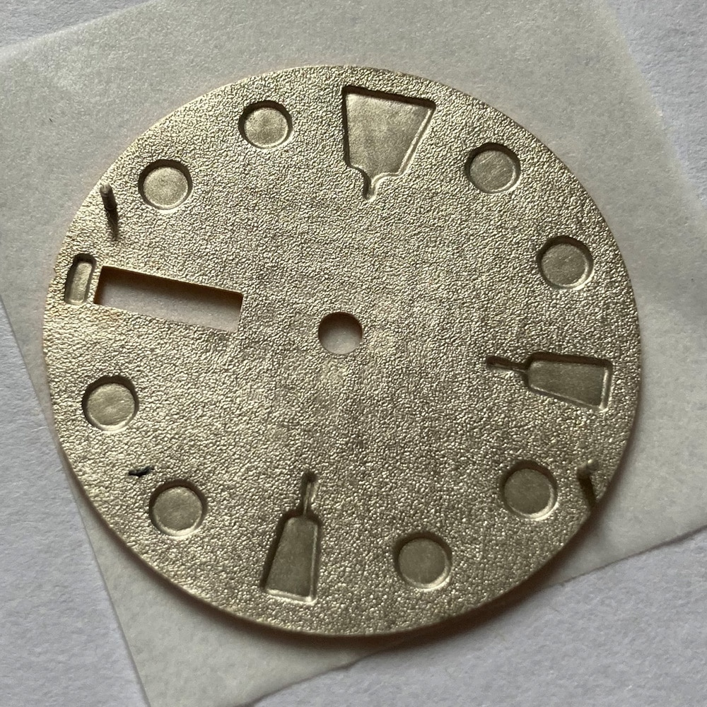 Watch Parts 28.5mm Yellow Dial Luminous Marks Date Window Suitable For Japan NH36/35 Automatic Movement enlarge