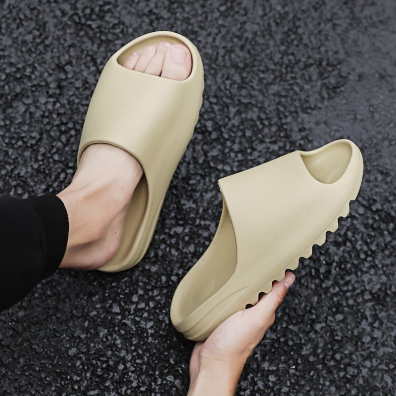 Casual Men's Slippers Fashion Summer Non-slip Slippers for Mens Soft Outside Beach Slipper Shoes Male Open Toe Sandals Slippers