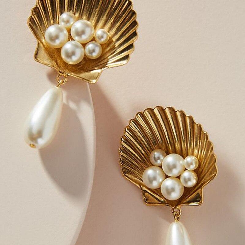 Nouveau femmes à la mode perles coquille boucles doreilles en métal élégant bijoux de mariage Brincos femelle couleur or boucles doreilles déclaration boucles doreilles