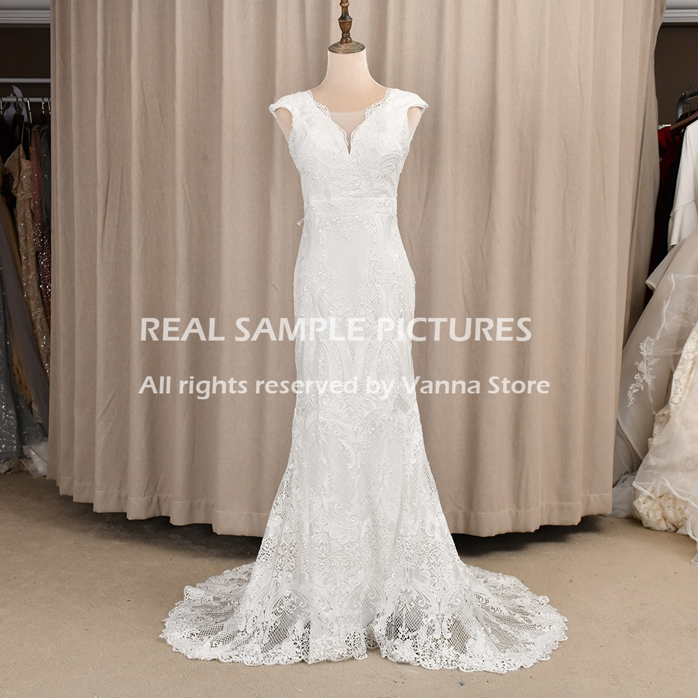 Lace Garden Boho Wedding Dress Vintage V-Neck Cap Sleeves Open Back Column Sheath Rustic Backless Bridal Gown