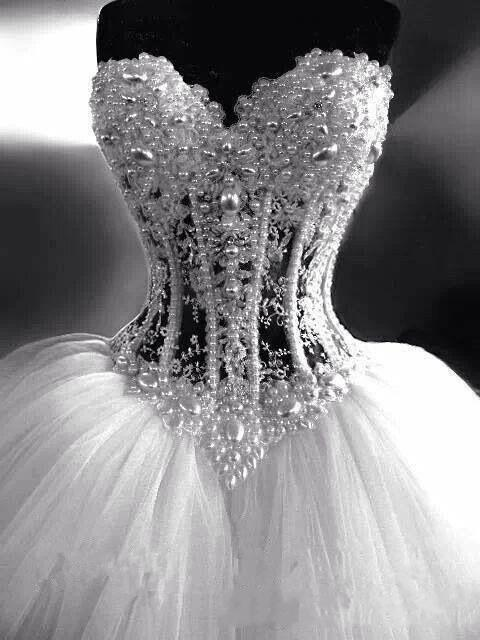 Review Sweetheart Wedding Dresses Corset Bodice Sheer Bridal Ball Crystal Pearls Beads Rhinestones Tulle Wedding Bridal Gowns