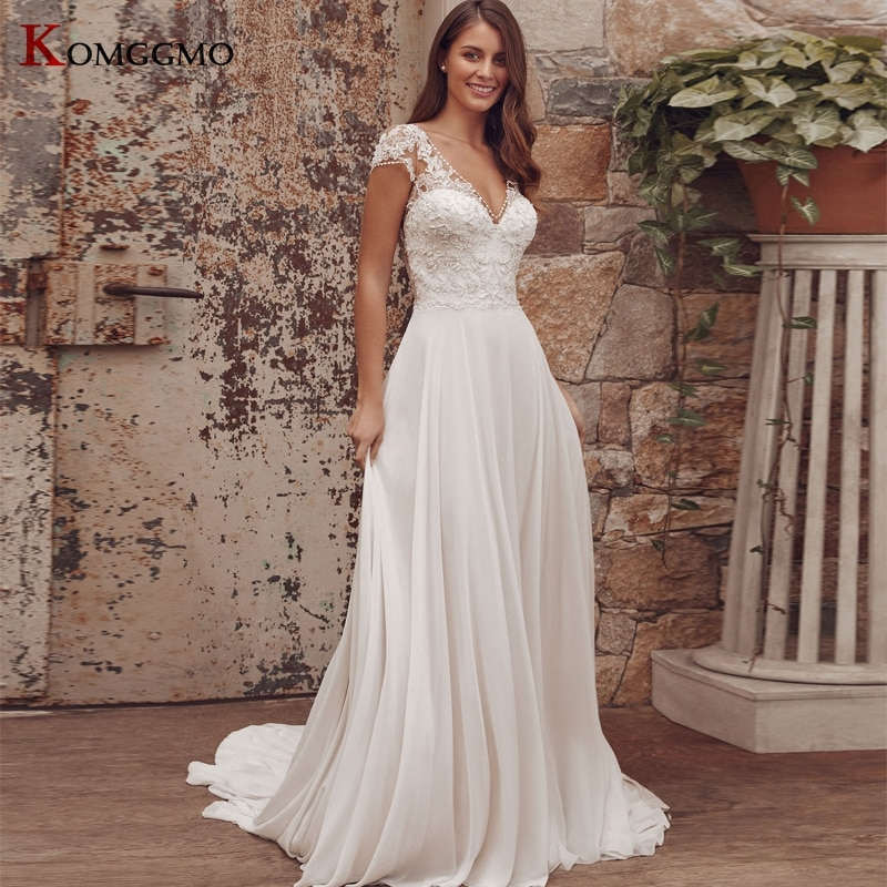 Promo High-End V-Neck Cap Sleeve Embroidery Appliques Tulle A-Line Wedding Dress Custom Made Button Back Chapel Train Bridal Gown