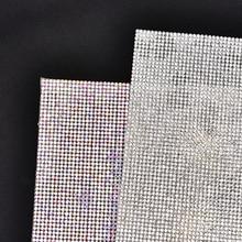 SS8 Disposti A Motivi bianchi di cristallo Caldo di Difficoltà Del Rhinestone Nastro trim nastro di Ferro Su Appliques per il Vestito scarpa ornamento