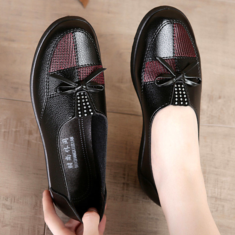 Women Leather Flats Female Flats Spring Shoes 2021 Classic Women's Loafers Casual Leather Shoes Mom Flats
