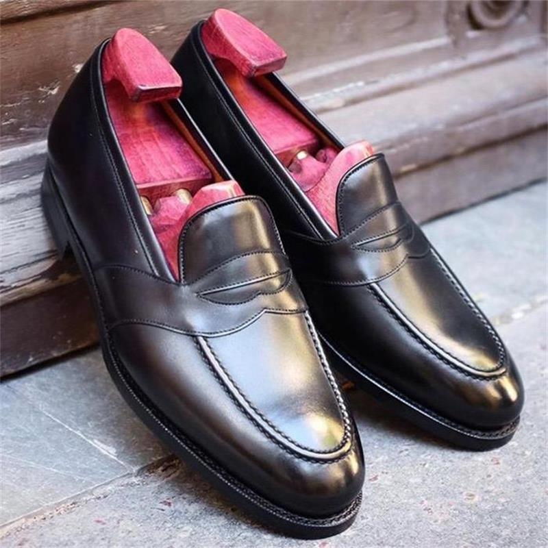 2021 أحذية رجالي موضة عادية كلاسيكي أسود بولي Mask قناع بسيط أشار كعب منخفض مريح الأعمال كل مباراة المتسكعون XM289