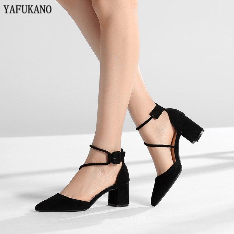 Faixa transversal estreita sapato feminino 2020 marca sandálias femininas salto quadrado salto alto lady rebanho apontou dedo do pé médio bombas tamanho 32,33