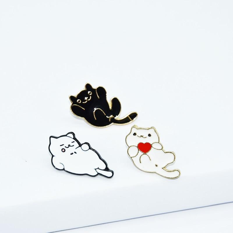 Animais bonitos esmalte pino preto branco gatos emblema broche lapela jeans camisa saco graffiti tipo presente para os jovens