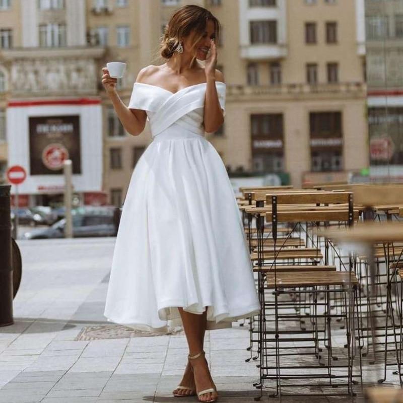 White Cheap Wedding Dress Short Off Shoulder Bridal Dresses 2021 Tea Length Wedding Gowns Satin Pleat Vestido de Noiva Plus Size