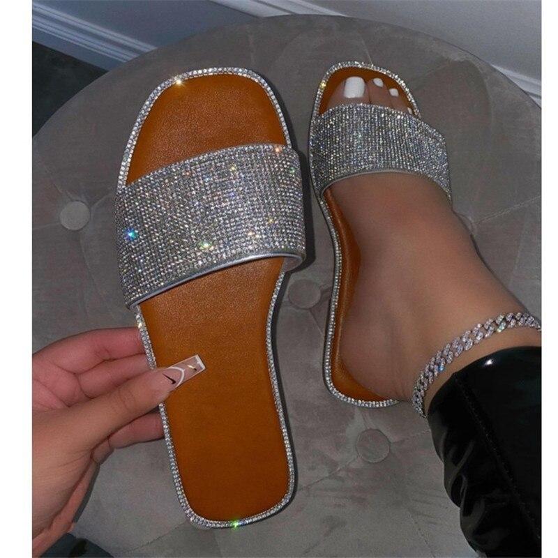 Rhinestone Slippers New Women Fashion Wild Beach Flip Flops Bright Flat Bottom Outdoor Sandals For W