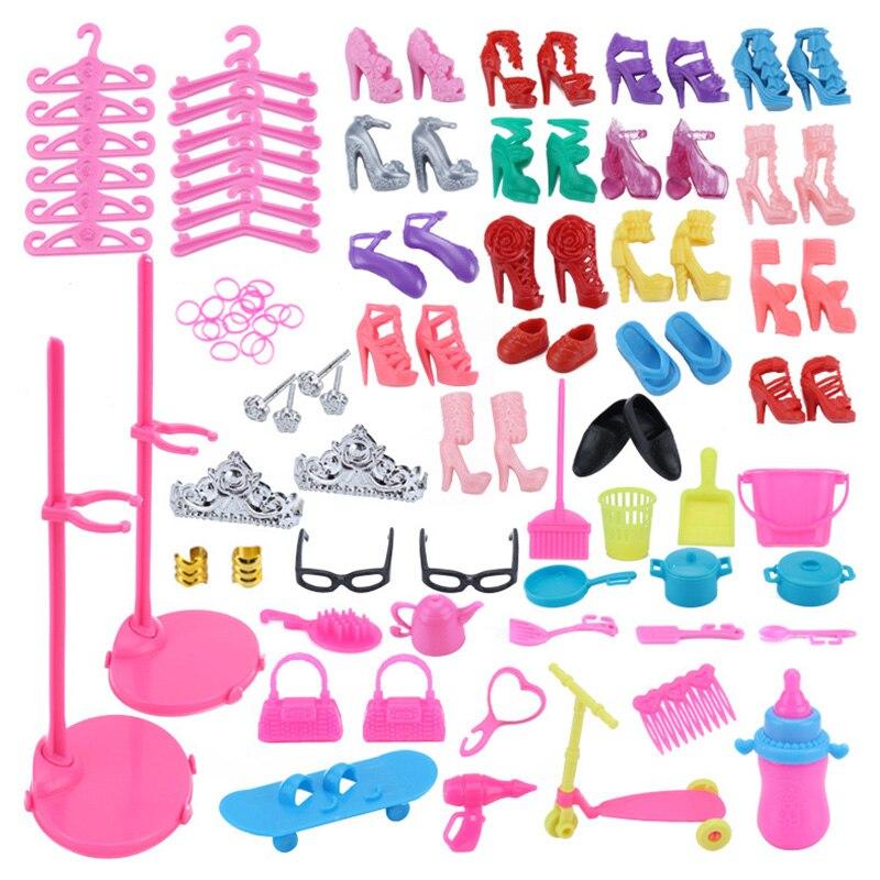 73 artículos/juego de accesorios para muñecas = 18 zapatos + 23 accesorios para el cabello + 16 muebles para casa de muñecas + 12 perchas + 2 vasos + 2 bolsas para muñecas Barbie