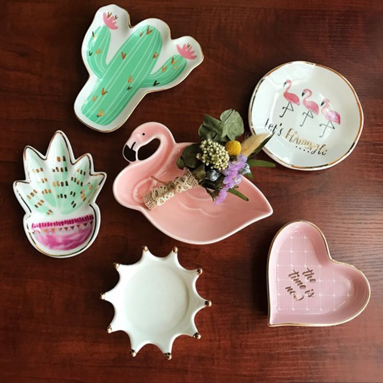 Fashion Ceramic Jewelry Plate Earring Display Creative Exquisite Necklace Jewelry Display Ring Tray Home Decorations 7 pieces lot modern white pu leather flower jewelry display cabinet wooden pendant necklace earring plate tray display board