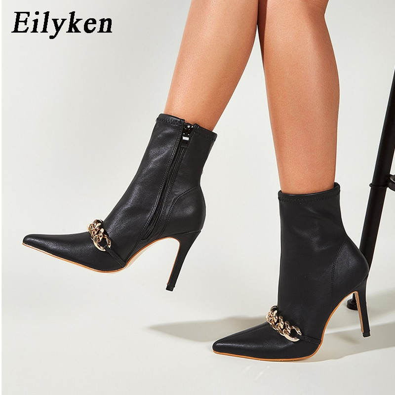 Eilyken جديد أسود الكاحل سستة أحذية بوت قصيرة النساء أشار تو سلسلة معدنية الديكور رقيقة عالية الكعب الخريف مثير الجوارب الأحذية