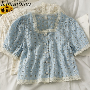 Kimutomo Hollow Hook Flower Blouses 2021 Summer Breasted Slim Short-sleeved Shirt Female New Lace Stitching Square Collar Top