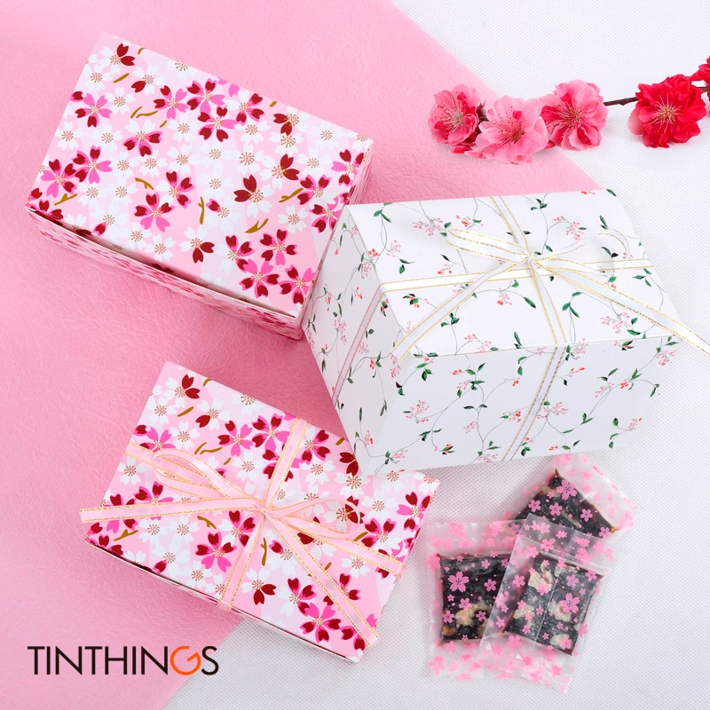 100PCS 15x10x9cm Gift Paper Box White Pink Flower Cookie Pastry Candy Gift Box Wedding Birthday Party Gift Packing Box Ribbon