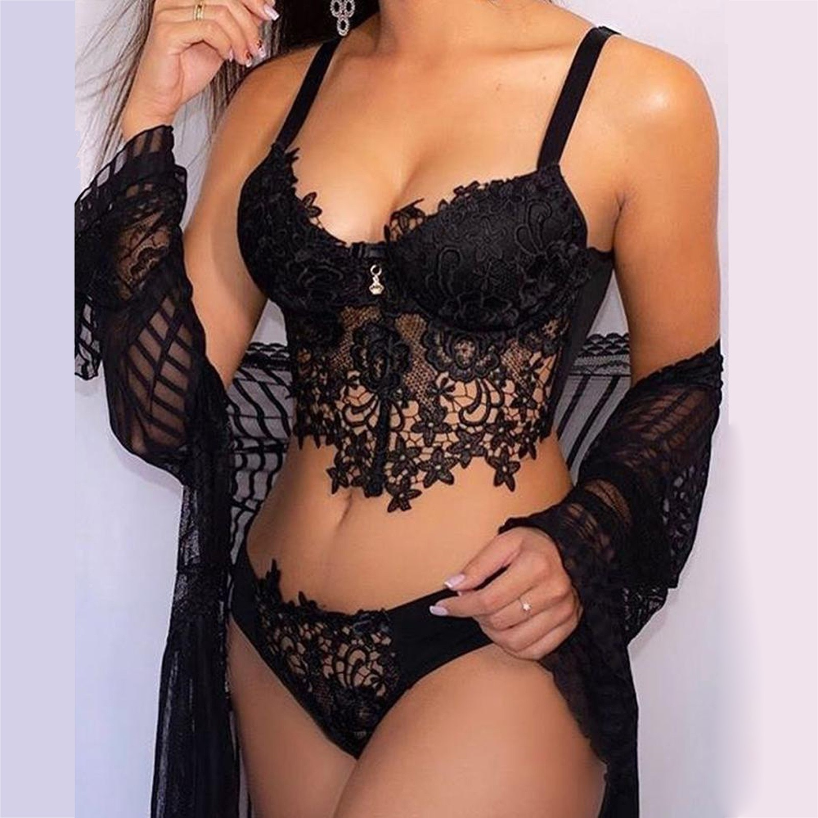 Women  Brief Sets Embroidery Lace Collar Wireless Bra Sexy Lingerie Thong Set Underwear