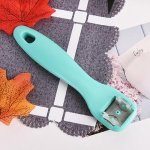 Professional Beauty Heel Cuticle Scraper Cutter Foot Care File Tool Pedicure Razor Blades for Pedicures Product