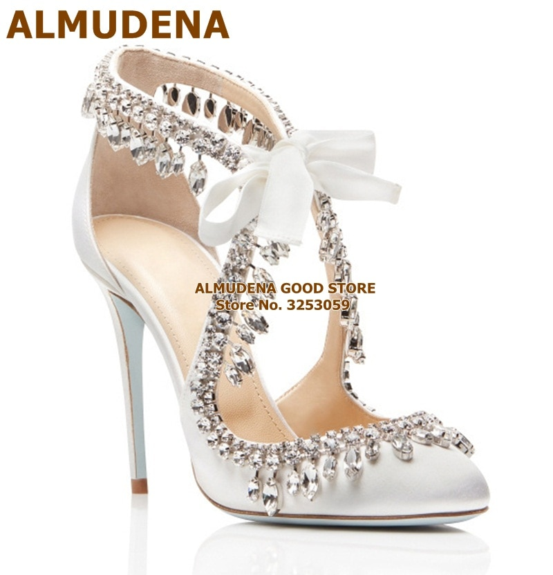 ALMUDENA-حذاء زفاف من الساتان الأبيض ، حذاء بكعب عالٍ مع أحجار الراين وأربطة لامعة